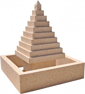 Fuente de piedra natural mod. Pirámide