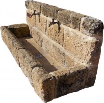 Fuente de piedra tosca mod. Jesús Pobre