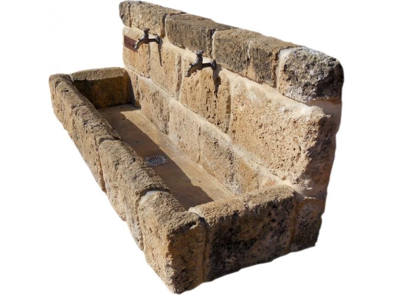 Fuente de piedra tosca mod jes s pobre - Fuentes de pared de piedra ...
